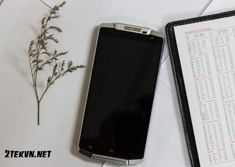 điện thoại pin bền nhất thế giới 2