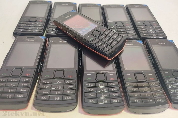 Nokia X2-02 main zin chính hãng, vỏ đẹp