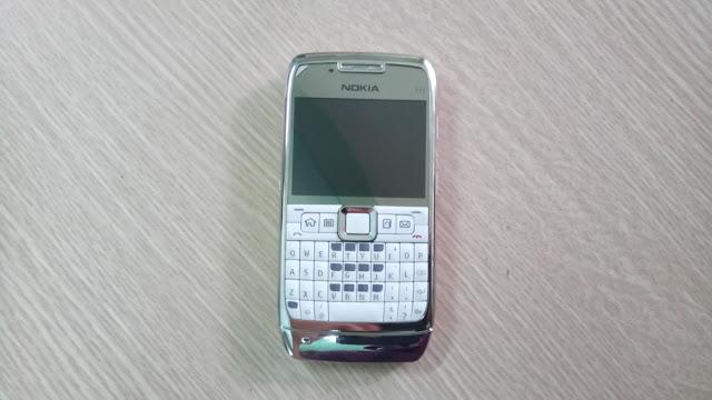 Nokia E71 cũ