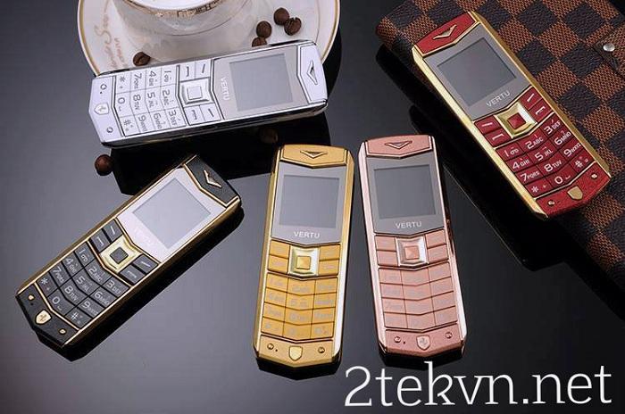 Điện thoại Vertu A8 siêu nhỏ