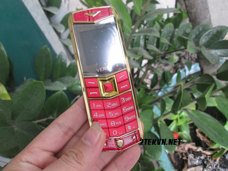 điện thoại Vertu v403 màu đỏ
