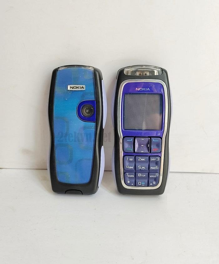 Nokia 3220 màu xanh