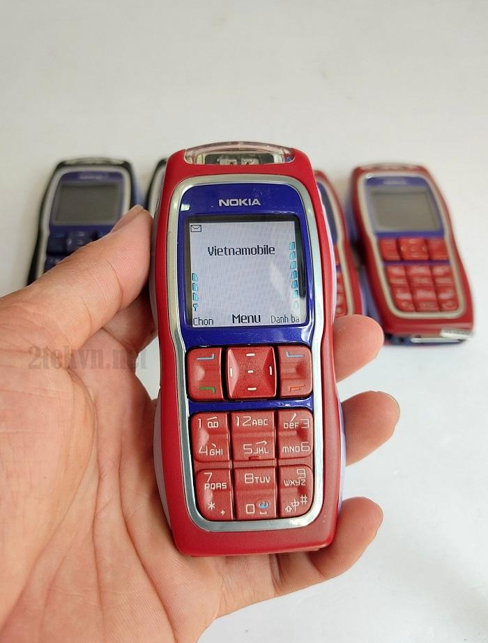 Trên tay chiếc Nokia 3220