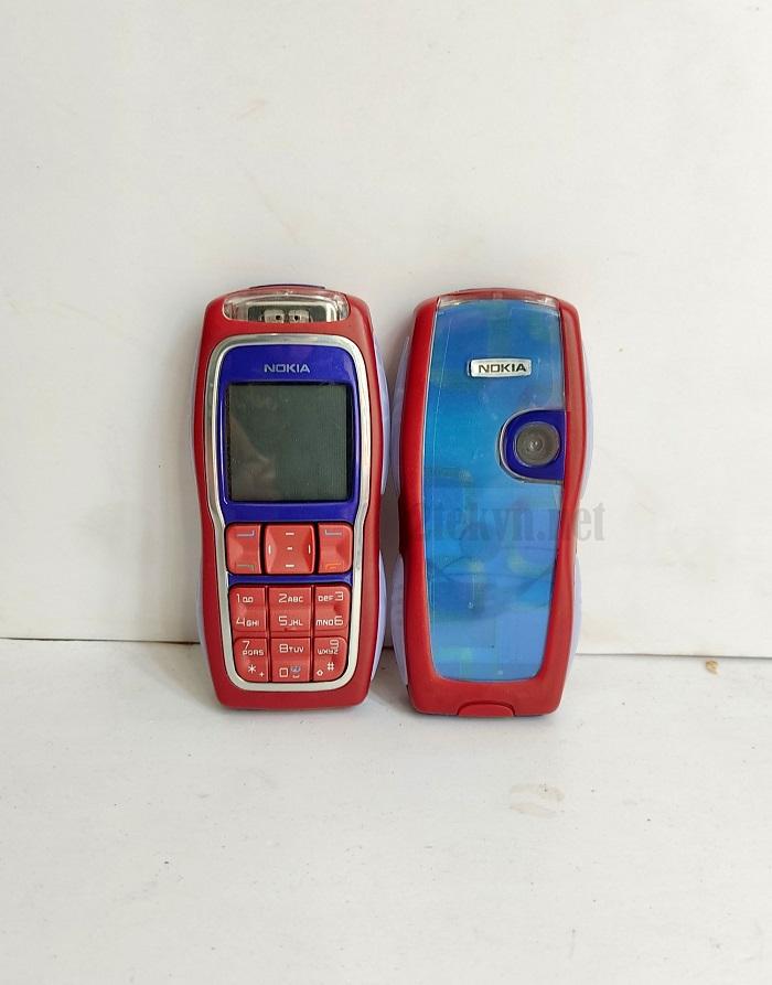 Điện thoại Nokia 3220 màu đỏ