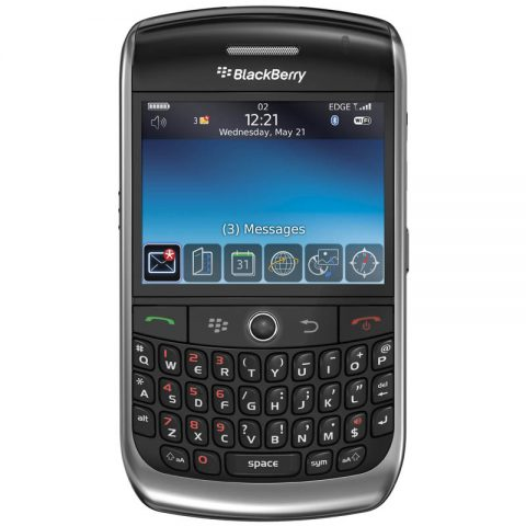blackberry-8900-front