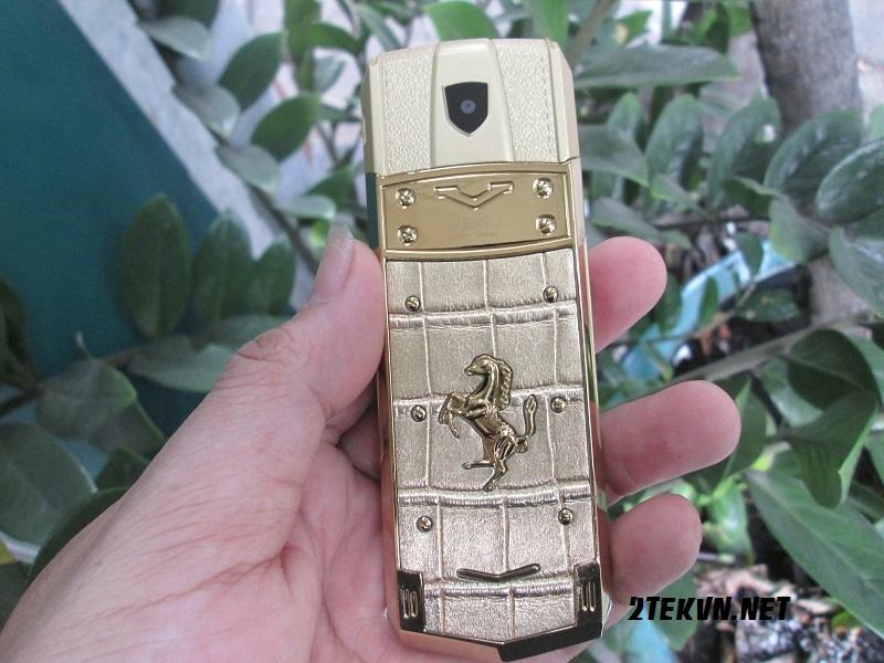 điện thoại Vertu A8 HCM 1