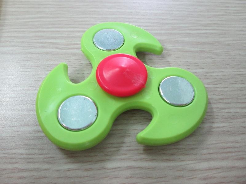 Spinner 3 cánh