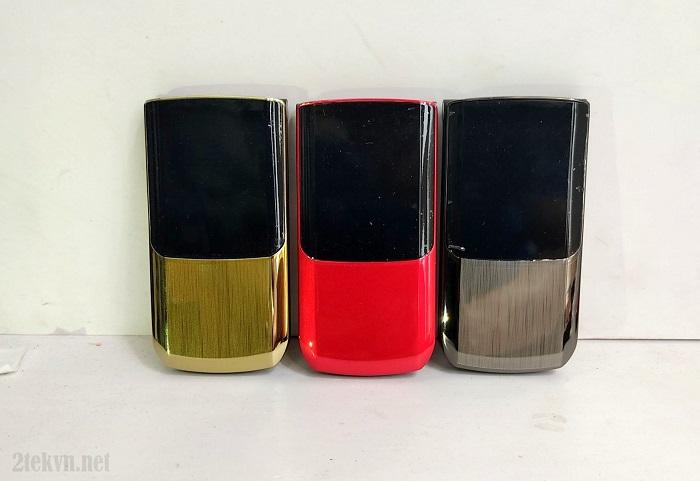 Điện thoại nắp gập TKEXUN có 3 màu chính