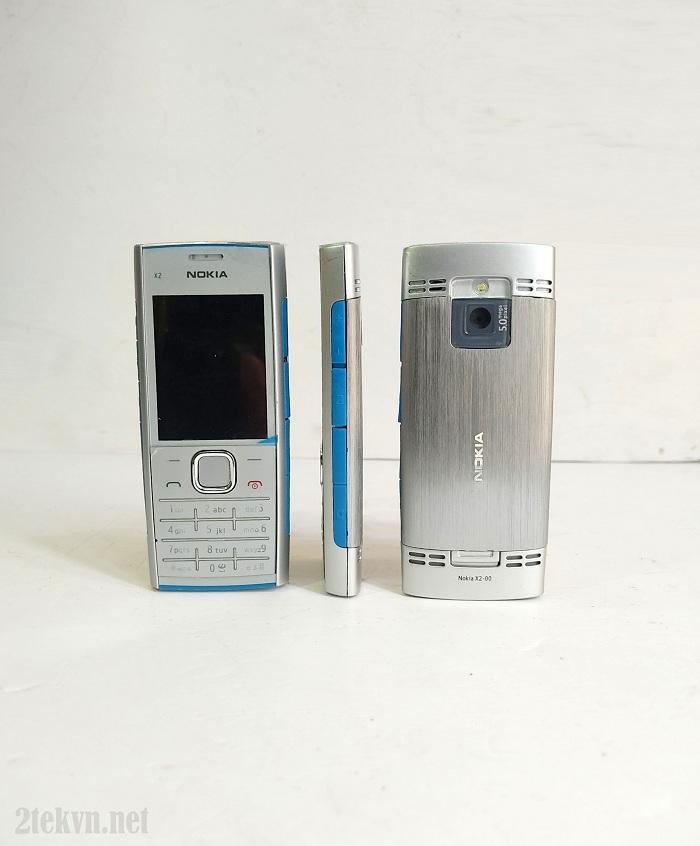Nokia X2-00 có thiết kế nhỏ gọn và thanh mảnh