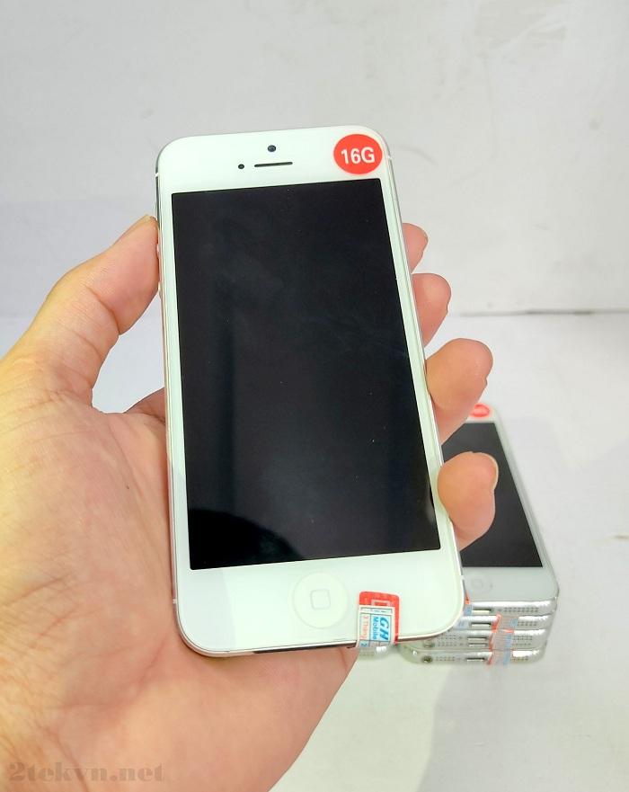 Trên tay chiếc iPhone 5 16GB