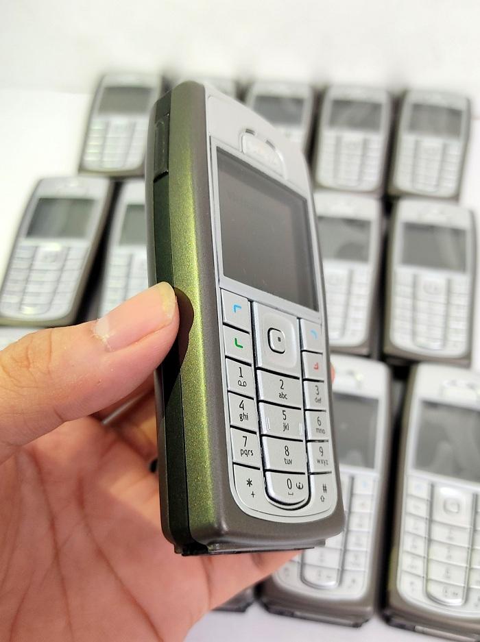Trên tay chiếc Nokia 6230i chính hãng tại 2tekvn
