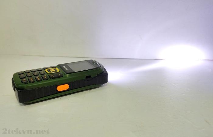 Nokia bm999 Đèn pin siêu sáng
