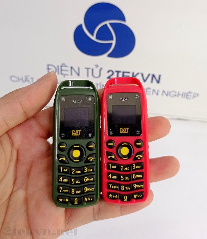 Điện thoại Mini B25 màu xanh rêu và đỏ