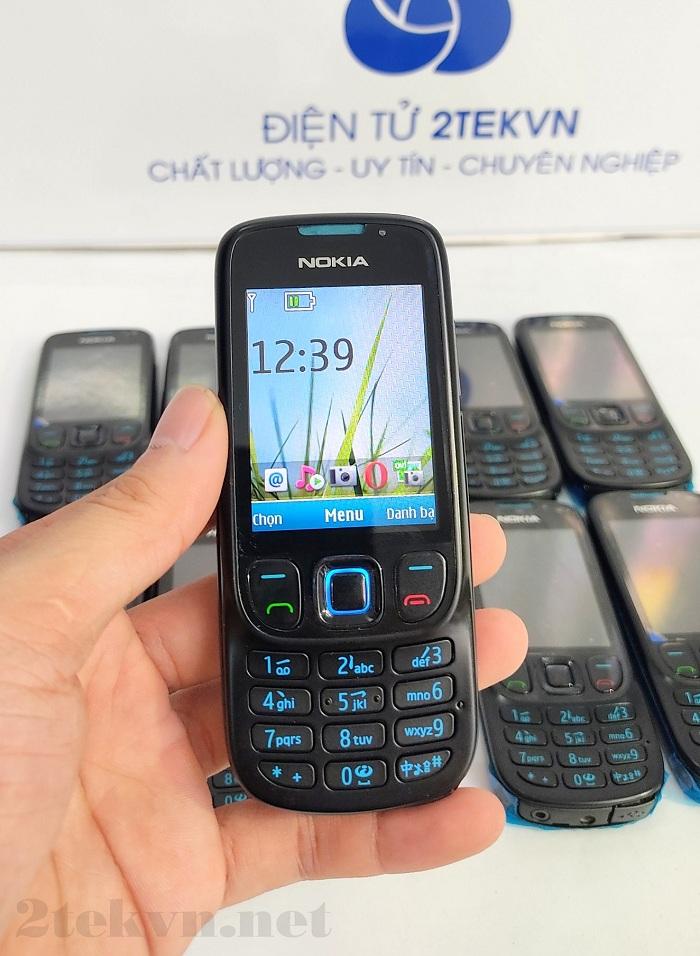 Nokia 6303 sở hữu Màn hình màu TFT hiển thị rõ nét